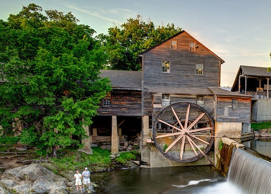 Top Hotels With Kitchen In Pigeon Forge Tennessee Com