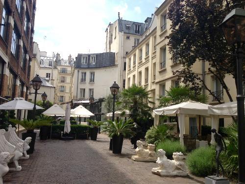 Book les jardins du marais paris france for Hotel les jardins paris