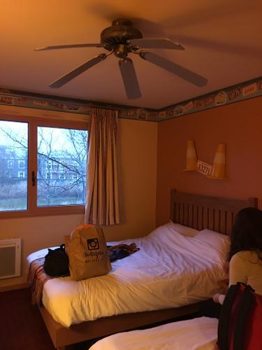 Disney 39 s hotel santa fe coupvray r servation avec - Chambre hotel santa fe disney ...