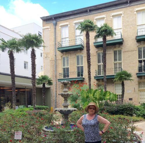 Cos Hotel San Antonio