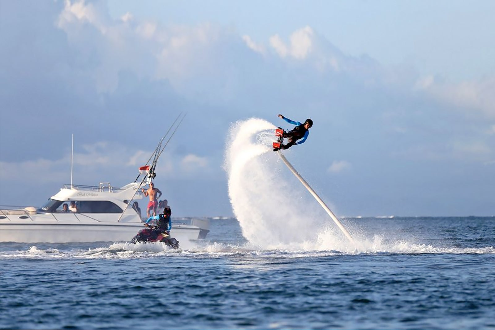 4 Best Places To Go Flyboarding In Bali
