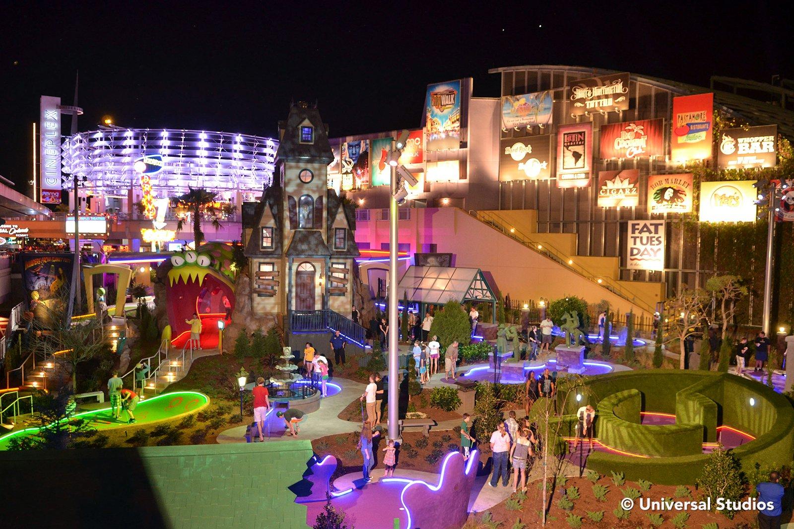 Universal Citywalk Entertainment