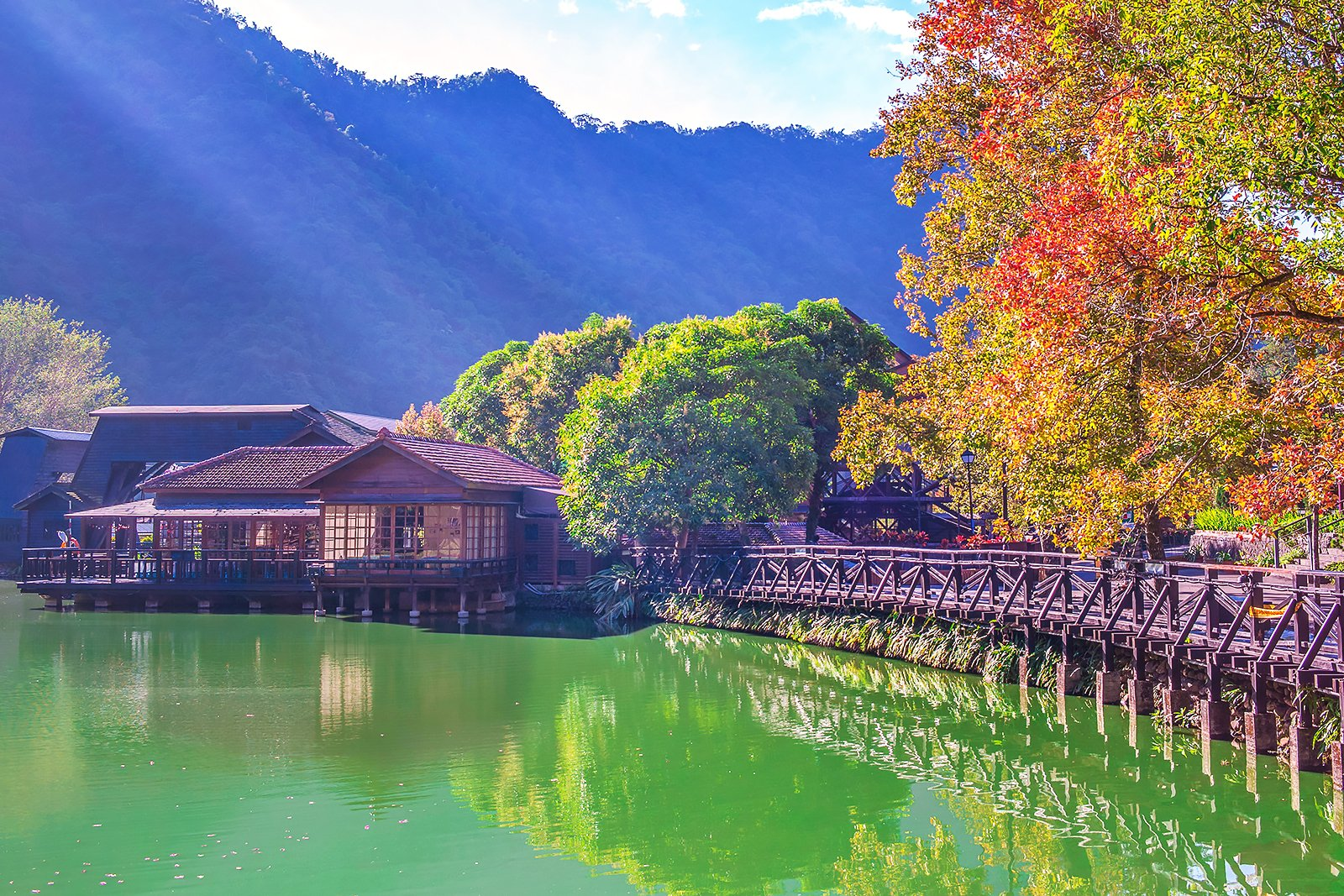 Adult Guide in Nantou