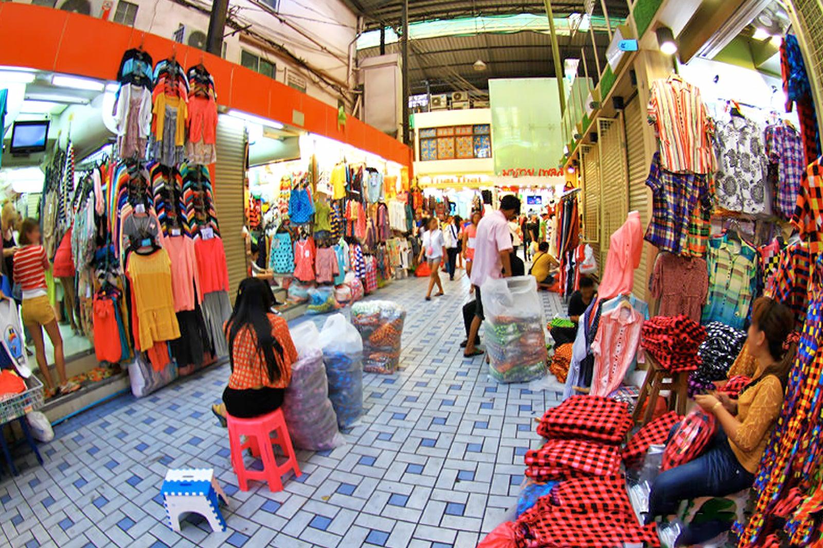 [Chia sẻ] Khám phá du lịch Pratunam Market, Bangkok, Thái Lan