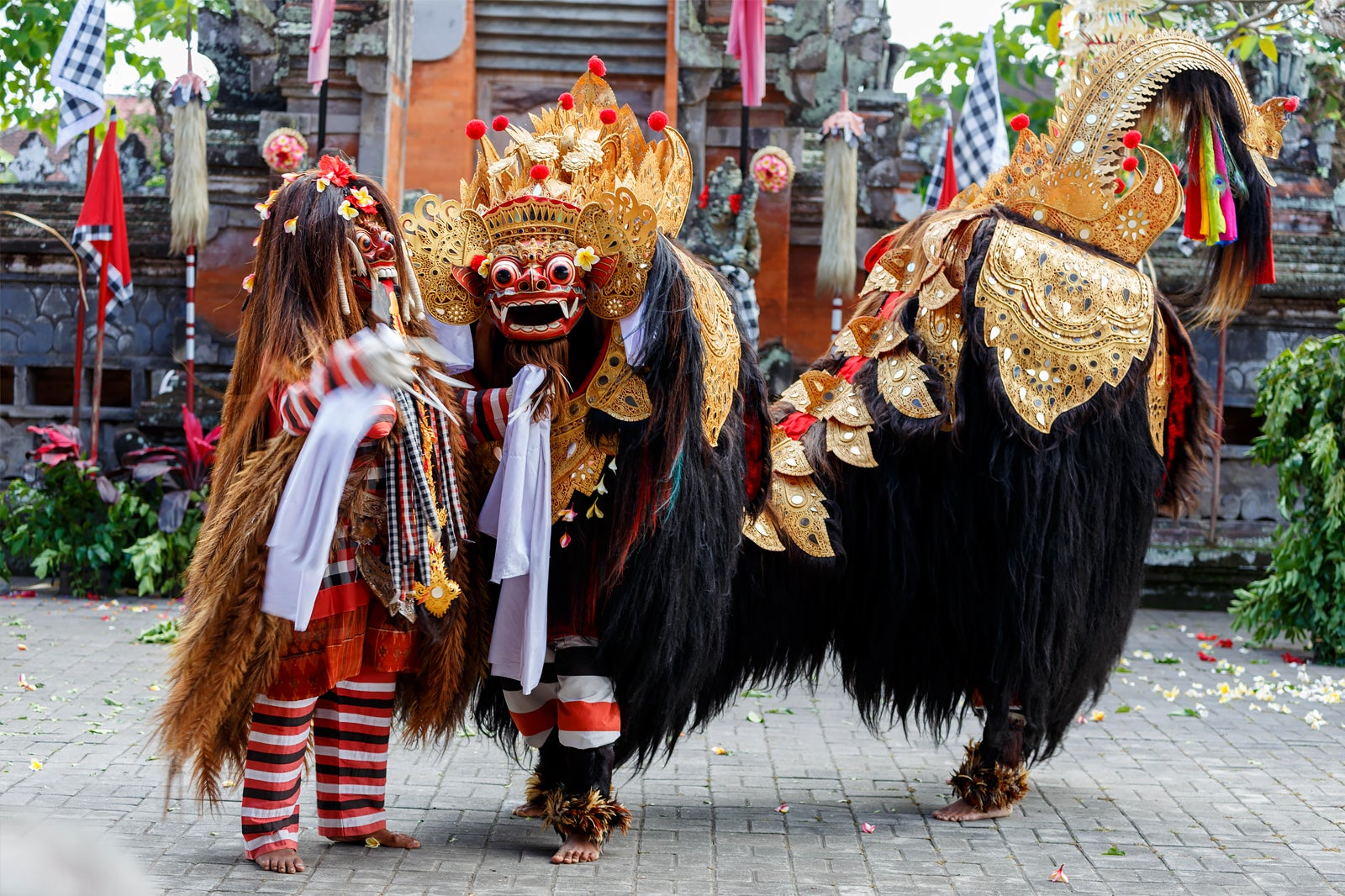 Barong and Kris Dance in Bali - Bali's Famous Mythological Dance ...