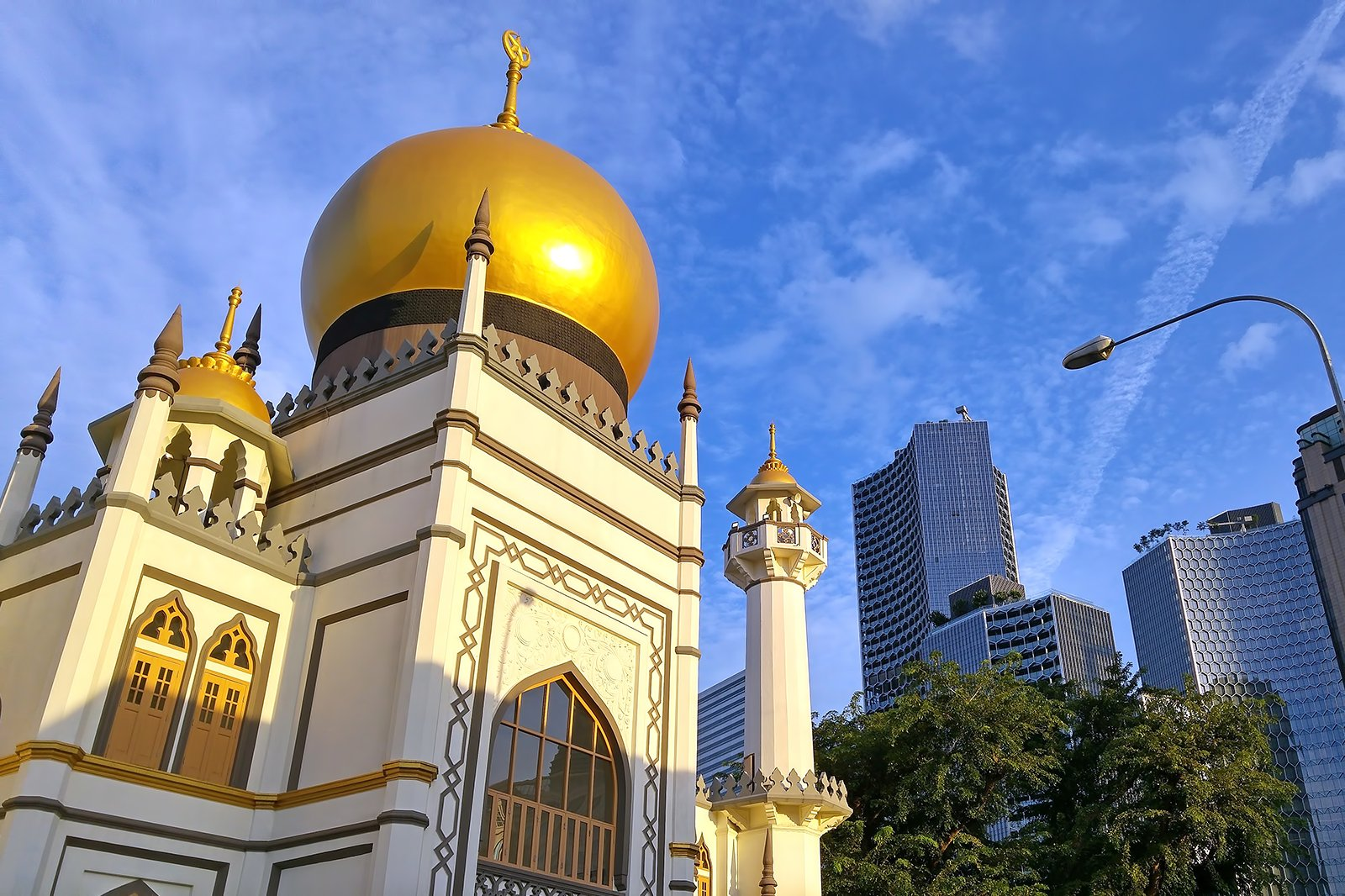Sultan Mosque in Singapore - Historical Attraction in