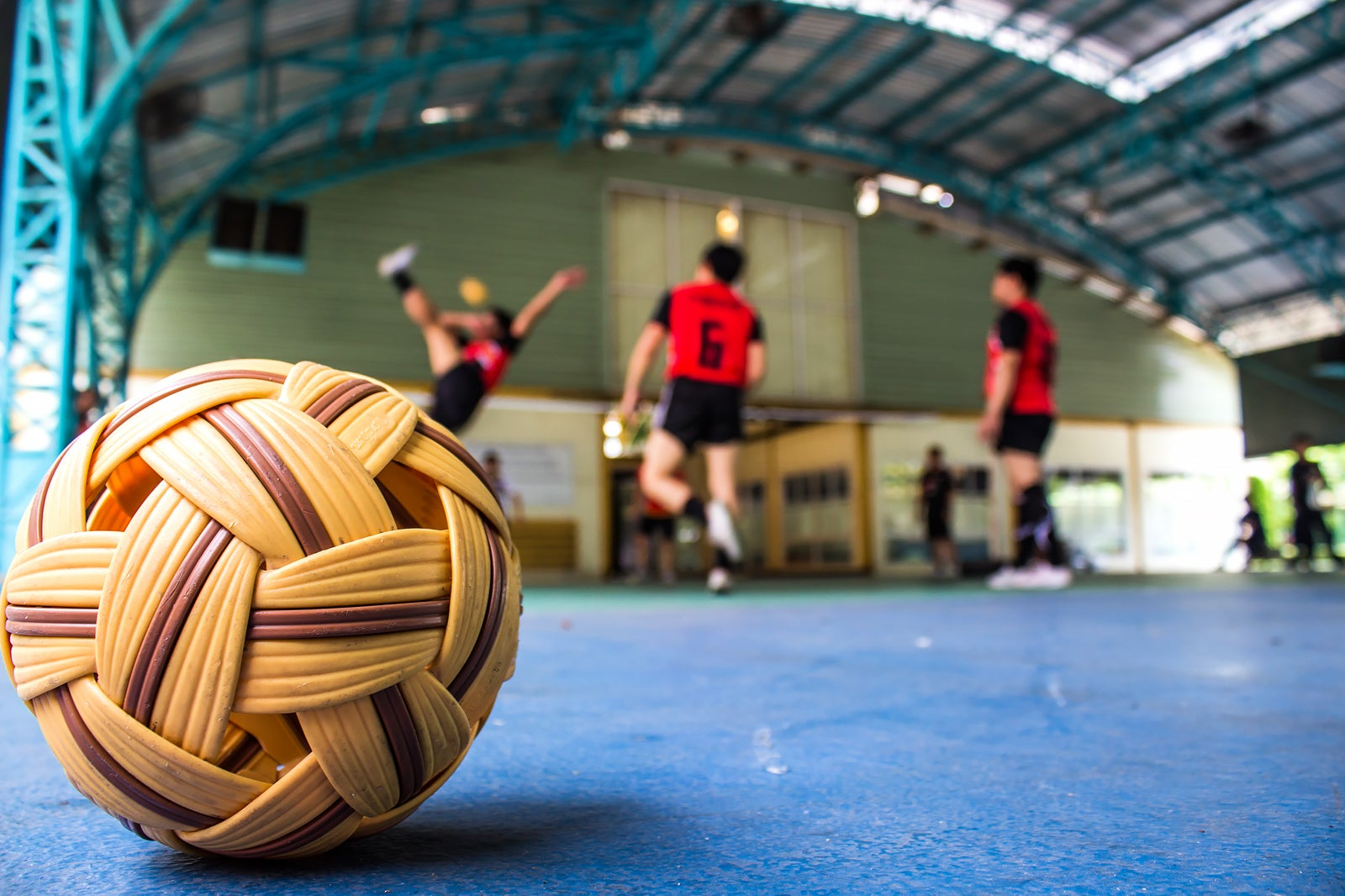 Sepak Takraw in Bangkok - What You Need to Know About Bangkok Kick  Volleyball – Go Guides