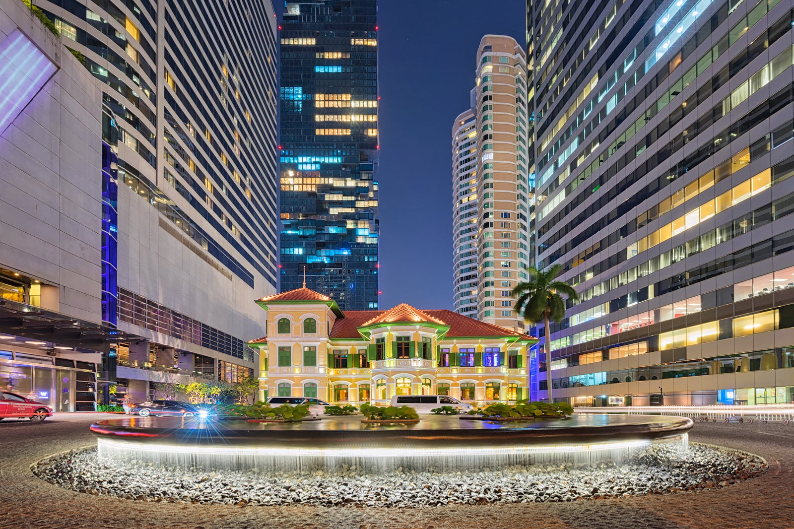9 Best Things to Do in Sathorn - What is Sathorn Most Famous For? – Go Guides