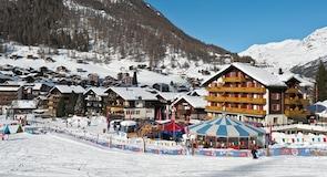 Гірськолижний курорт Саас-Фе
