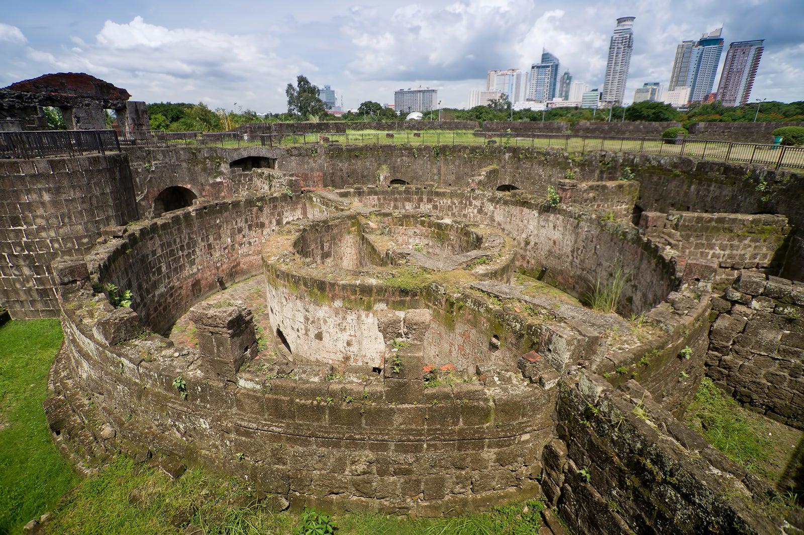 Fort Santiago in Manila - Historic Manila Attraction