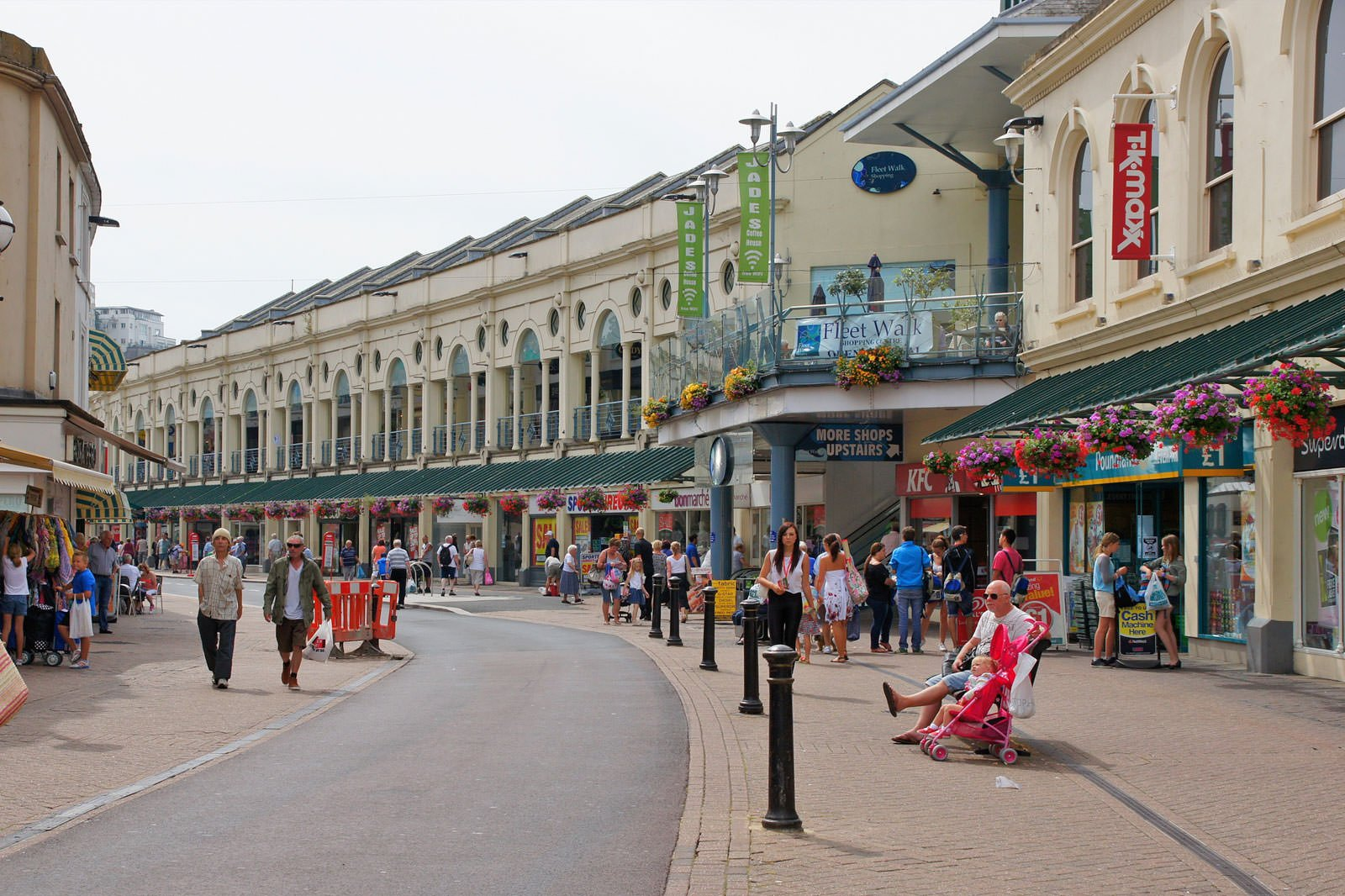 10 Best Things to Do in Torquay - What is Torquay Most