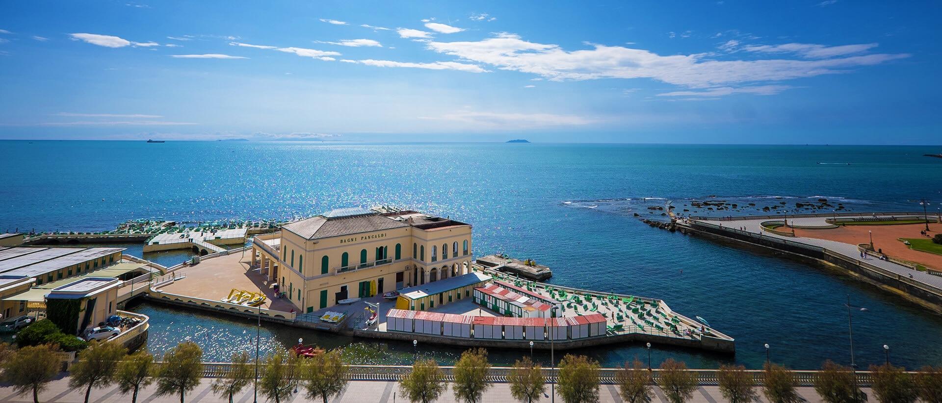 利佛諾, 意大利
