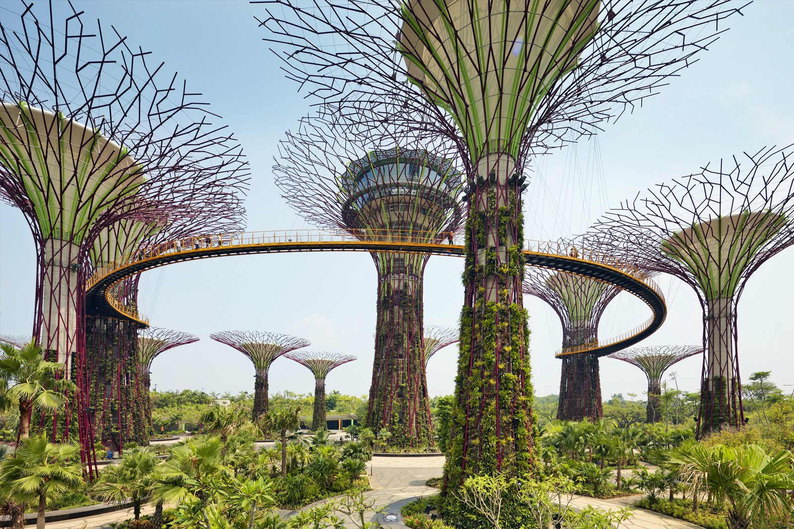 Gardens by the Bay , Singapore\u0027s Futuristic Green Space