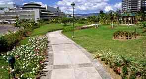 Ayala keskus