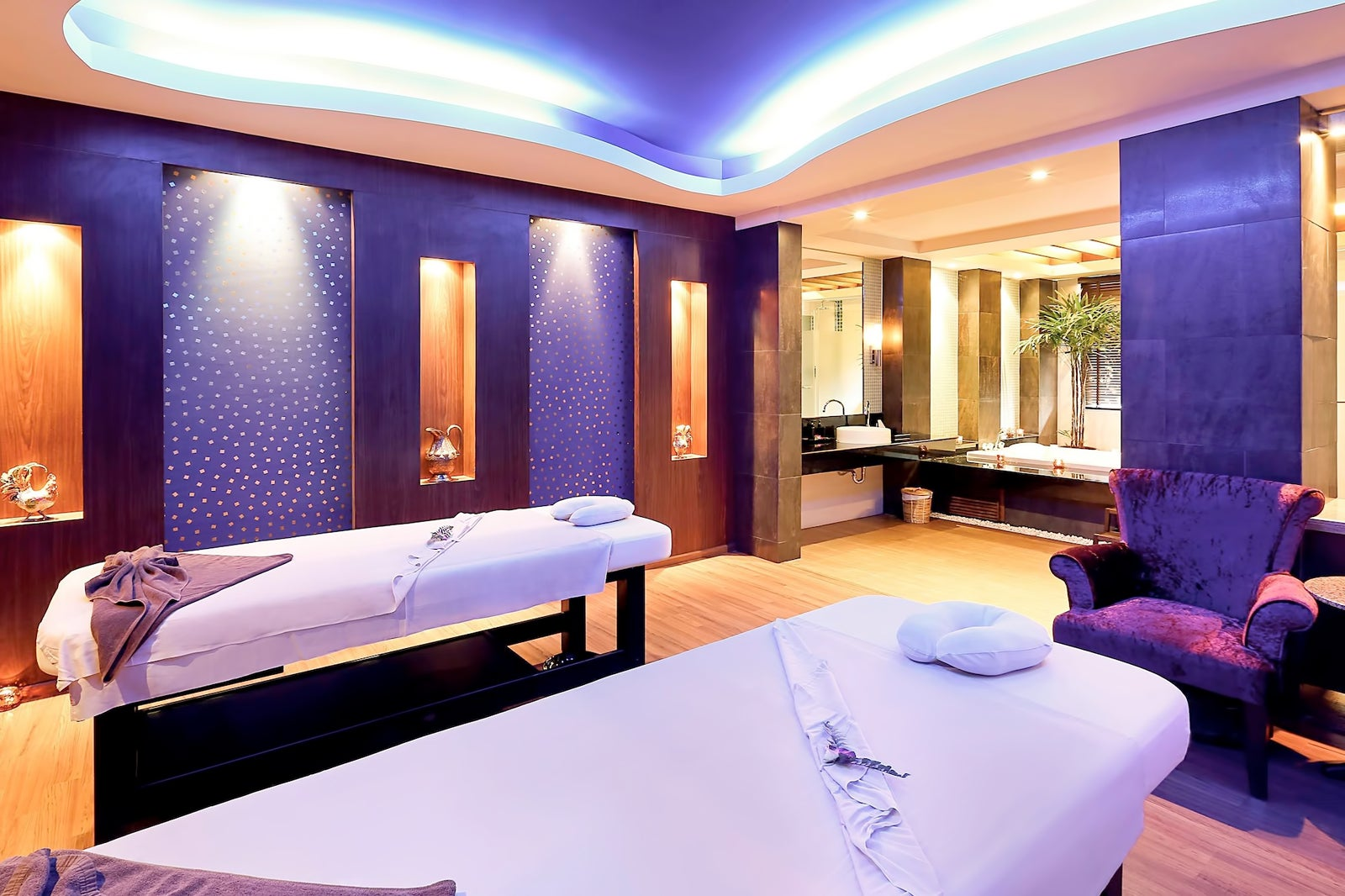 10 ways to go tropical for a relaxing and trendy home office.htm 9 great spas in patong best places to get a massage in patong  9 great spas in patong best places to