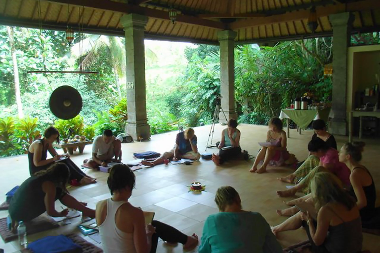 10 Best Yoga Retreats In Bali Best Places To Practice Yoga In Bali