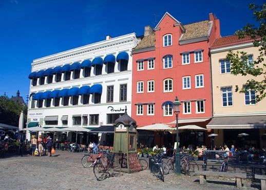 Hallstavik, Suecia