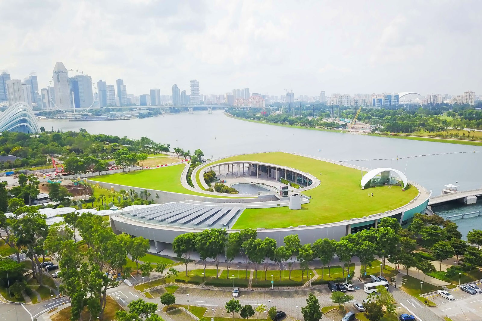 Marina Barrage - Rooftop Park and Dam in Singapore