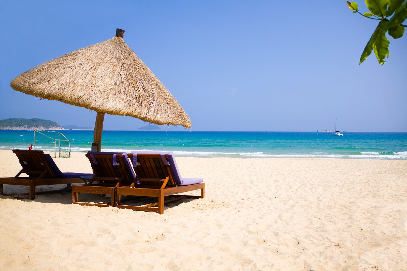 10 Best Beaches in Hainan - Which Hainan Beach is Best For You?