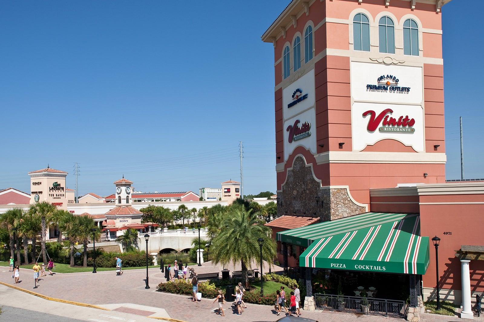 Torrente dedo Humedal  Orlando International Premium Outlets - Huge Outlet Mall on International  Drive