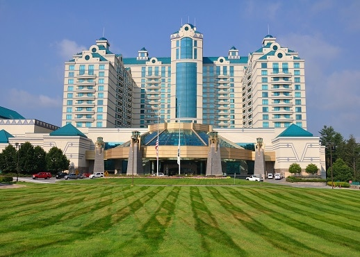 Top 10 Mashantucket Hotels Near Foxwoods Resort Connecticut