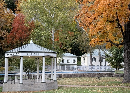 15 Closest Hotels To Berkeley Springs State Park In