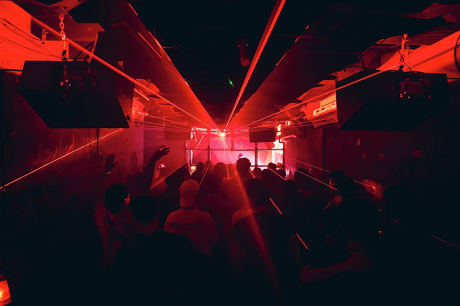 7 Best Singapore Clubs - All the best nightclubs and discos in Singapore
