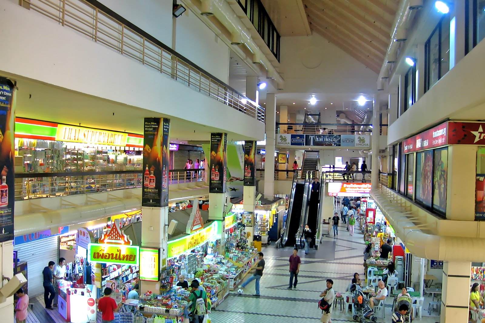 12 Best Places to Go Shopping in Bugis and Kampong Glam
