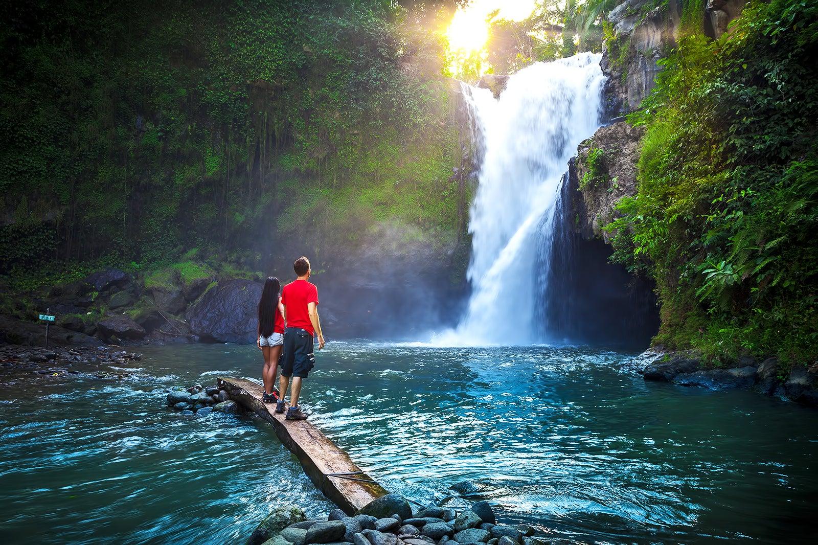 Tegenungan Waterfall in Bali - Popular and Scenic Waterfall Near Ubud – Go  Guides