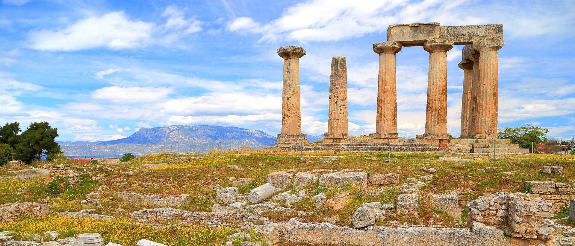 קורינת, יוון
