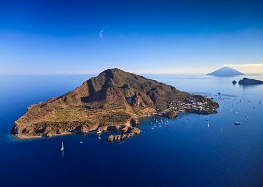風神群島, 意大利