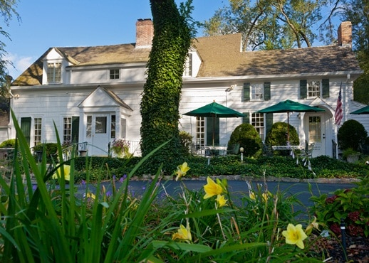 Hotels in Stony Brook from $143/night   Hotels.com