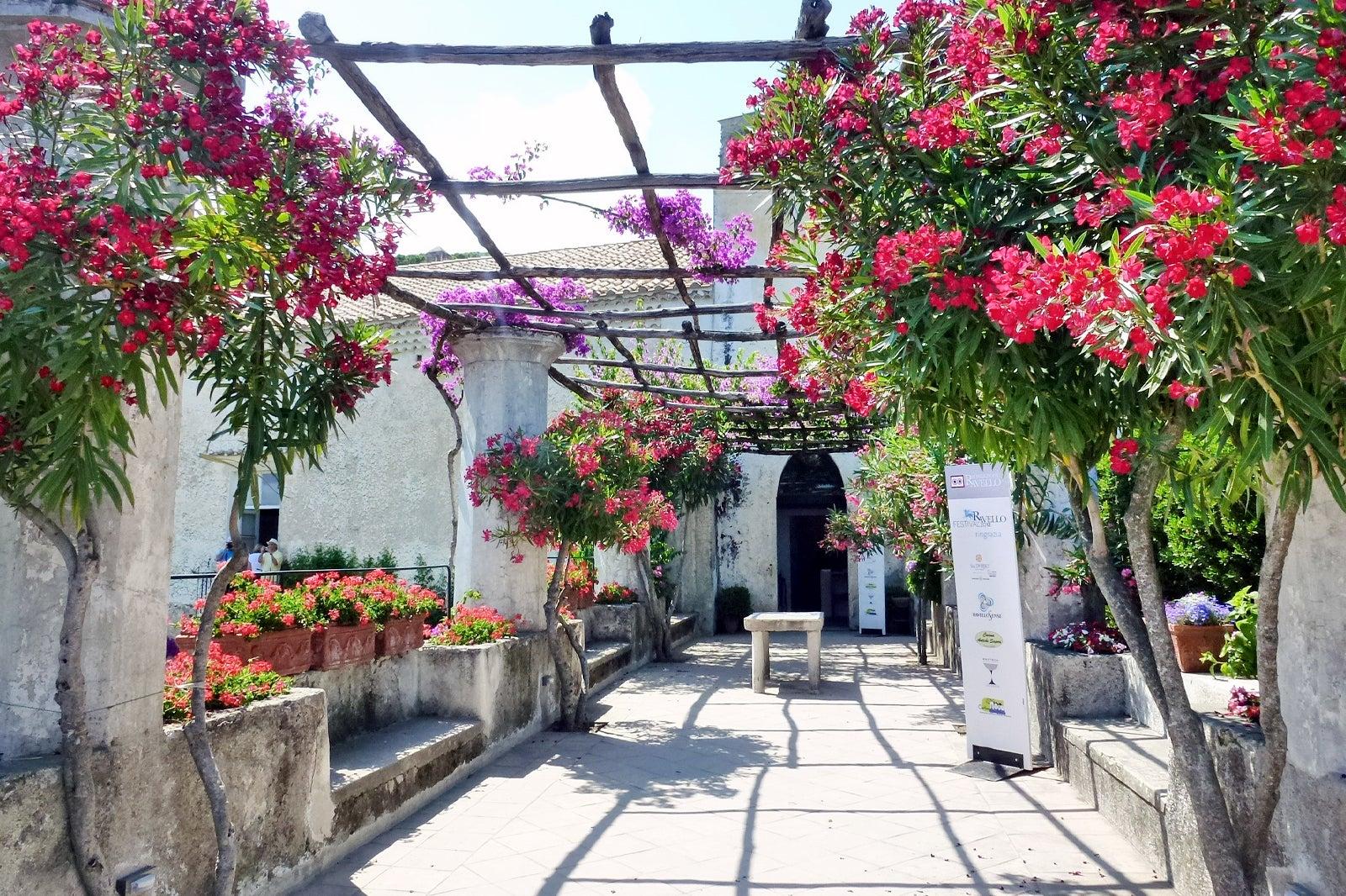 Viešbučiai Polla Italija – Viešbučiai in Polla – Viešbučių užsakymas - taksi123.lt