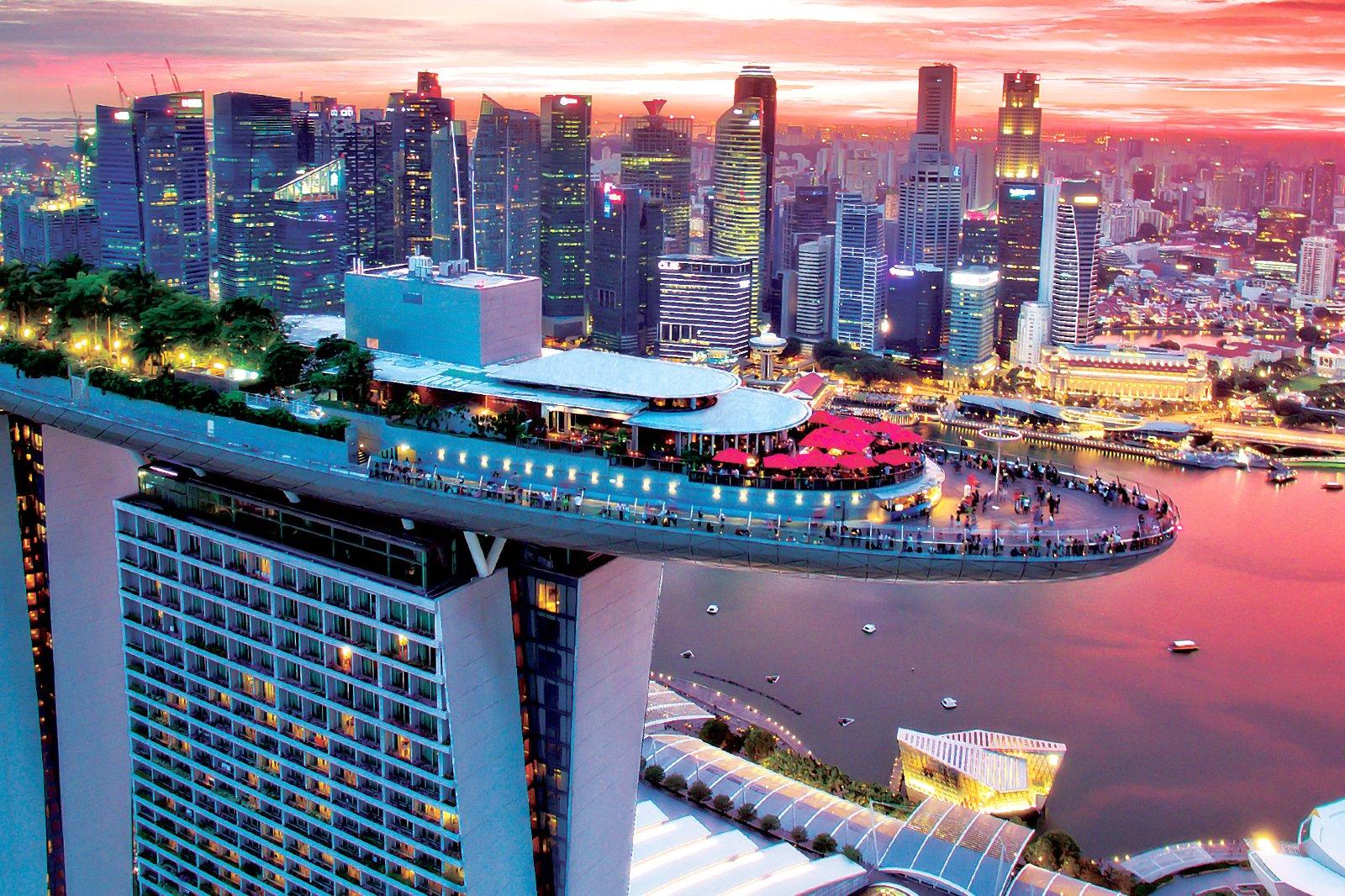 CE LA VI Singapore - Rooftop Bar at Marina Bay Sands
