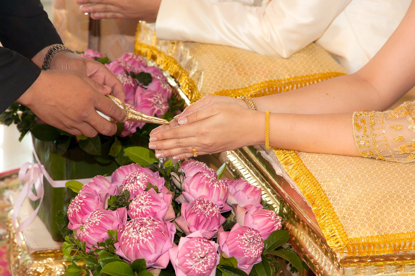 Thai And Western Style Weddings In Phuket Celebrate Your
