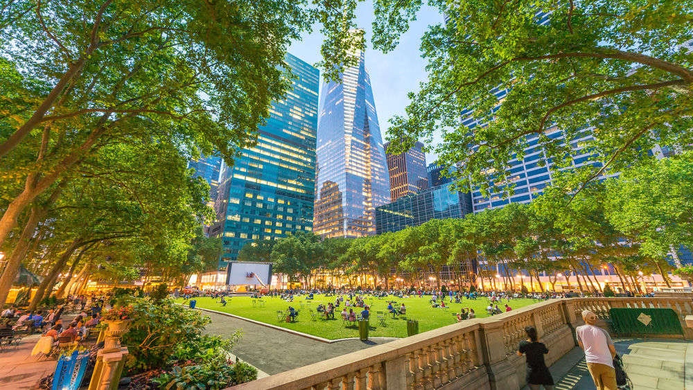 15 Closest Hotels to Bryant Park in New York | Hotels.com